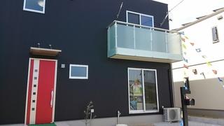 新城B棟外観2×4.JPG
