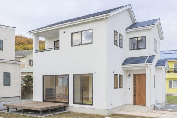 ◆自然素材を使用した素足で暮らせる暖かな住宅◆足柄上郡中井町 新築戸建